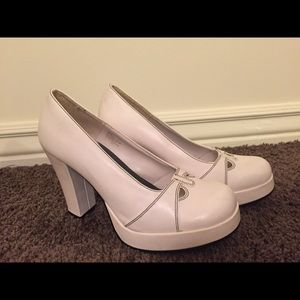 Cute Heeled White Vintage Shoes